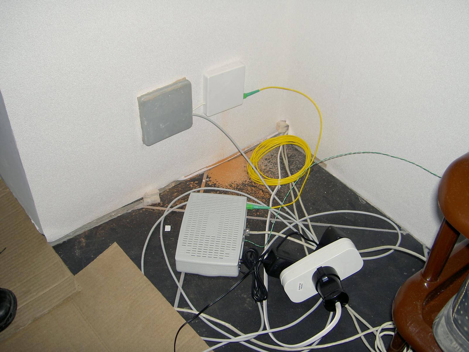 схема работы интернет через розетку